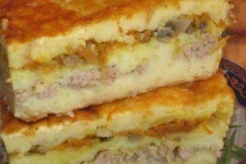 Очень нежная и сочная картофельная запеканка, избавит вас от необходимости готовить сразу два блюда на ужин.